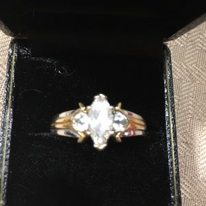 Jewelry - Attractive Ring